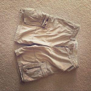 Men's Aeropostale's cargo shorts